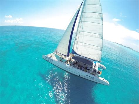 catamaran in cancun mexico sea passion catamaran cancun 2018 all you need to know