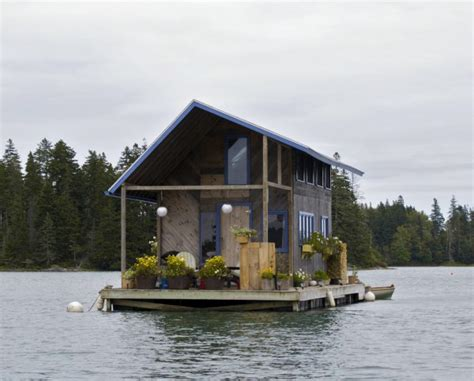 Small Homes On The Water Top 3 Small Floating Homes Tiny House Pins