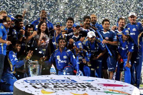 Mumbai Indians Celebrate 10 Years of Indian Premier League
