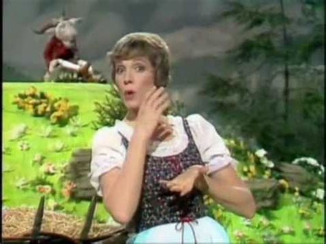 christopher reeve muppet show youtube muppets julie andrews the lonely goatherd youtube