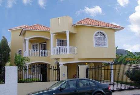 republic house for sale in plata with 4