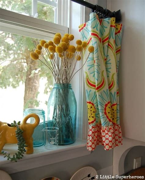 Fabric Kitchen Curtains Decor Kitchen Makeovers Curtains And Kitchens On Pinterest
