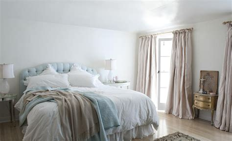 shabby chic bedroom curtains is shabby chic again mr barr