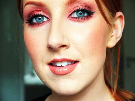 8 Great Make Up Items For With Green by Copper Makeup Tutorial Great For Green Or Blue