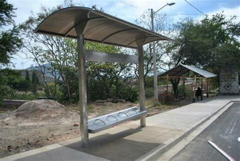 mobiliario urbano parabuses basureros mupis bancas