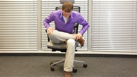 Hip From Sitting At Desk by 8 Exercises You Can Do While Sitting At Your Desk Wstale