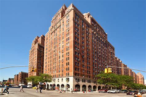 london terrace towers 410 west 24th st nyc manhattan streeteasy london terrace towers at 410 west 24th street