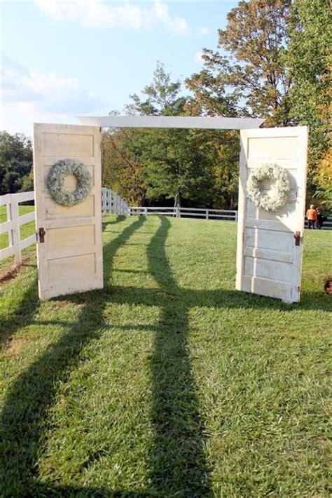 rustic  door wedding decor ideas  outdoor country