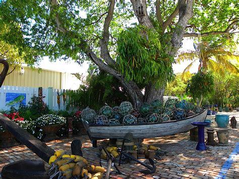 Nautical Themed Backyard by Garden Brings Nautical Dreams To 187 Florida
