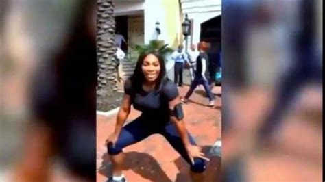 tutorial dance florida serena williams teaches twerking in video squeeze the
