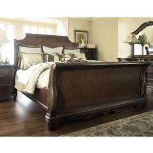 Leighton Sleigh Bedroom Set black king sleigh bed book covers