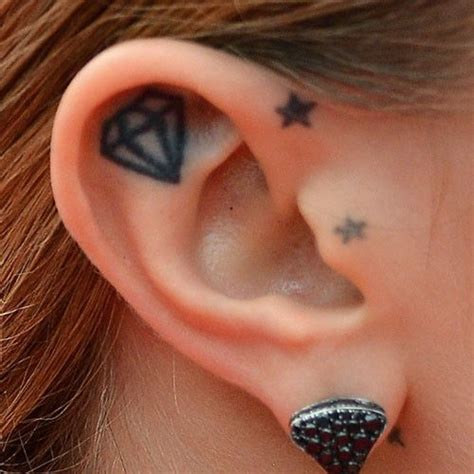 diamond tattoo behind ear meaning cara delevingne ear tattoo tattoo pinterest cara