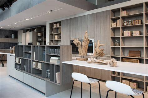 in cucina una libreria in cucina ambiente cucina