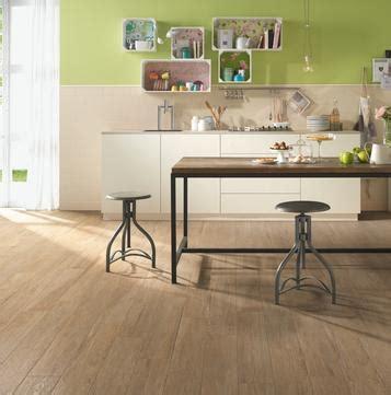 piastrelle cucina effetto legno gres porcellanato effetto legno per cucina marazzi