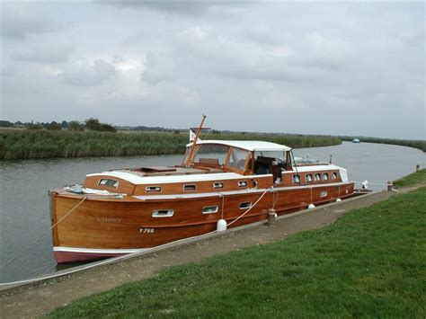 waterways house boats classic river boats for sale antique boats vintage river boats classic sailing
