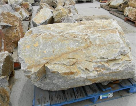 Rock Quartz 048 honey quartz boulder 36 quot california landscape garden supply