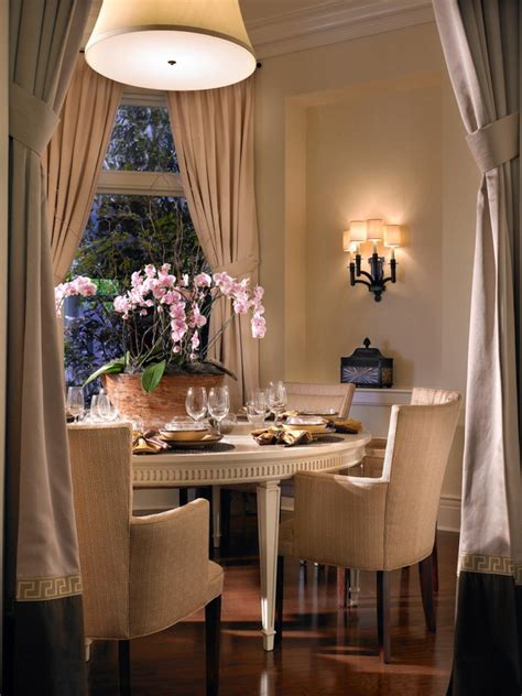 Hgtv Dining Room Lighting Select The Dining Room Chandelier Hgtv