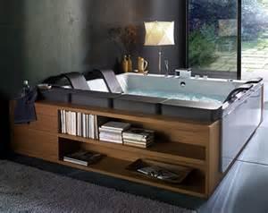 interior design luxury bathtub for spa like bathing