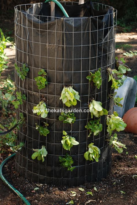Vertical Garden Tower Vertical Vegetable Garden Diys And How Tos