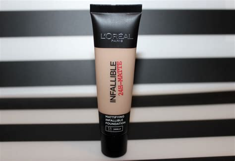 L Oreal Infallible Foundation l oreal infallible matte foundation review1306 1
