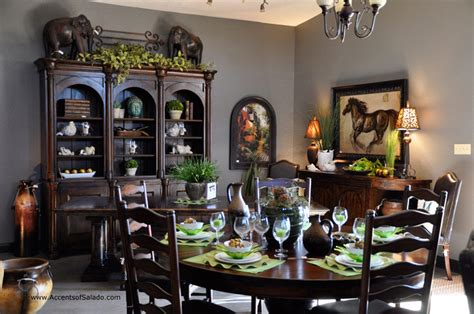 tuscan dining room furniture crown