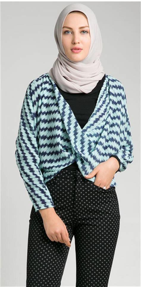 Baju Setelan Wanita Muslim Modis Trendy Gaul Cantik Denada foto desain baju atasan wanita muslim dewasa terbaru 2016