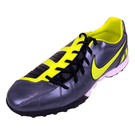 most comfortable astro turf trainers mens nike total 90 shoot iii tf astros astro turf football