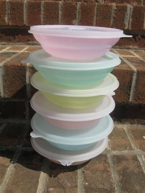 Tupperware Multi Bowl Set vintage set of pastel tupperware cereal bowls with lids