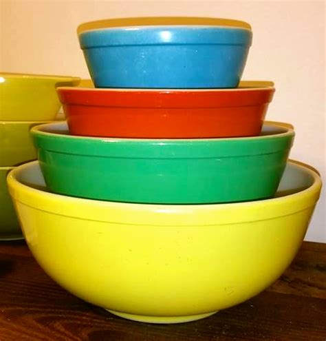 new year mixing dish pyrex color guide