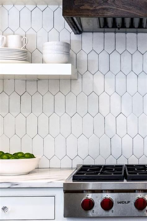 terracotta backsplash tiles gorgeous use of tabarka terracotta picket tiles to form a