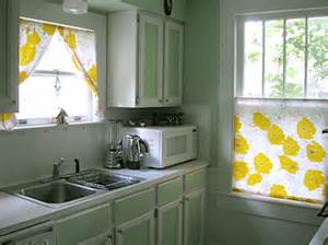 Ideas On Painting Kitchen Cabinets by Diy Painting Your Kitchen Cabinets Popsugar Home