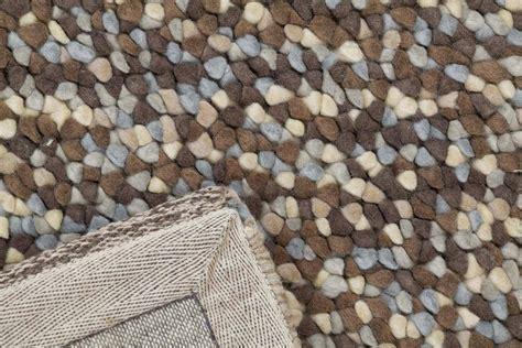pebble rug buy felt pebble rug europa 70x140cm online the real rug