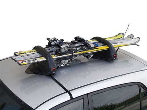 porta snowboard auto seis formas de llevar los esqu 237 s en el coche autof 225 cil