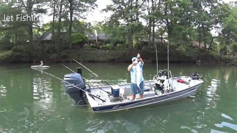 bed on boat ark river striper fishing in the jet jon seaark and g3 youtube