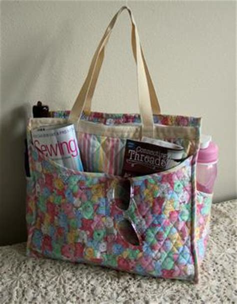 tote bag pattern with outside pockets the quilted carryall eight pocket tote pattern download