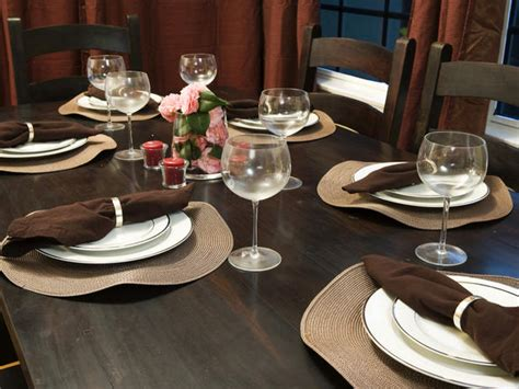 elegant table settings for all occasions hgtv elegant everyday table settings entertaining ideas