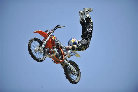 motocross stunts freestyle motocross freestyle jumps and tricks youtube