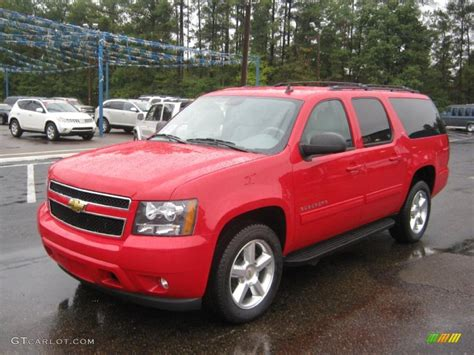 2011 Victory Red Chevrolet Suburban Lt 39149435