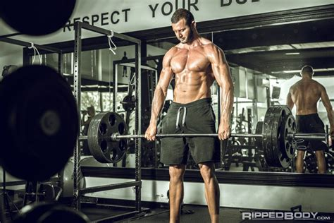 squat bench deadlift program the big 3 routine rippedbody
