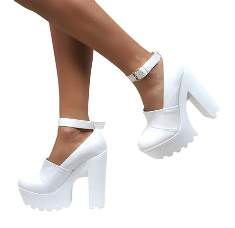 sole high heels womens chunky cleated sole high heel platform boots