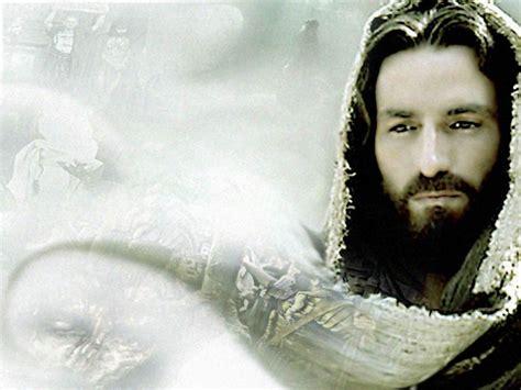 gambar wajah yesus tuhan kristen