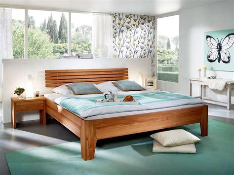 bahama schlafzimmer set bahama massivholzbett ge 246 lt kernbuche 100x200 cm 45 cm