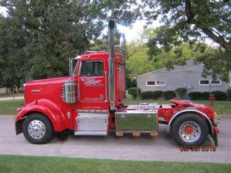 kenworth tractor trailers for sale kenworth w 900 1997 daycab semi trucks