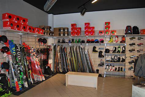 arredamento negozio sportivo arredamento negozio abbigliamento negozio articoli sportivi