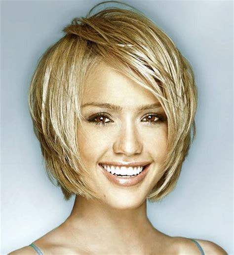 short hair cuts for oval shape faces of women 60 years old short haircuts for oval faces