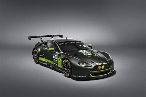 aston martin gt3 official 2016 aston martin v8 vantage gte and v12 vantage