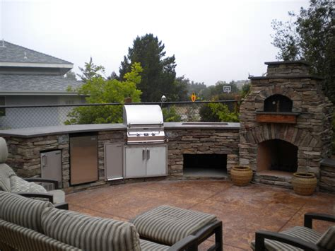 Outdoor Kitchen Designs With Pizza Oven Outdoor Pizza Ovens Smokers Unlimited Outdoor Kitchens