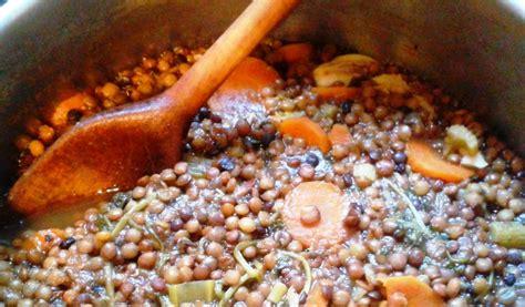 cuisiner lentilles vertes cuisiner lentilles vertes r 244 ti en cocotte et rago 251 t