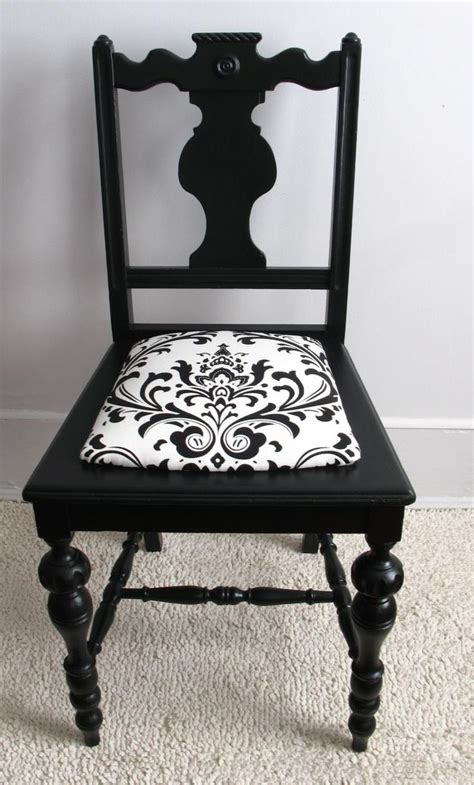 Upcycled Home Decor Ideas 25 unique old chairs ideas on pinterest antique decor