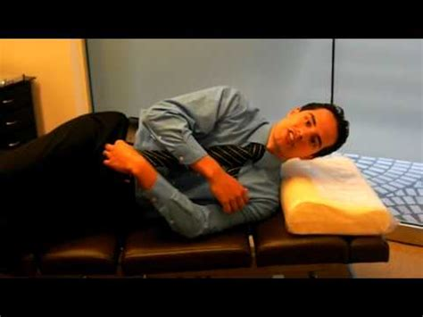 side sleepers how to use a cervical pillow